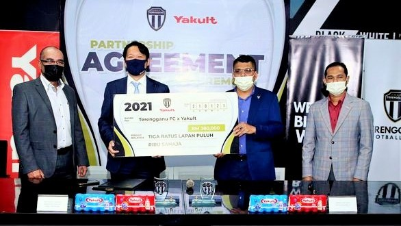 Terengganu receive RM380,000 boost from Yakult ahead of AFC Cup campaign